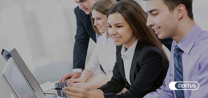 Marketing vs Administración: ¿Qué carrera encaja mejor contigo?