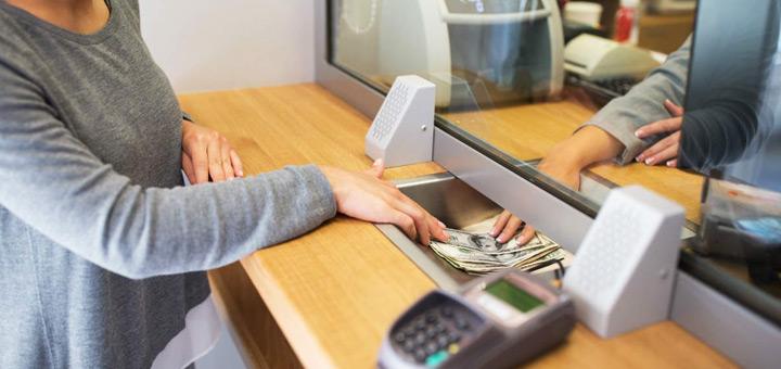 cajero bancario curso de que se encarga