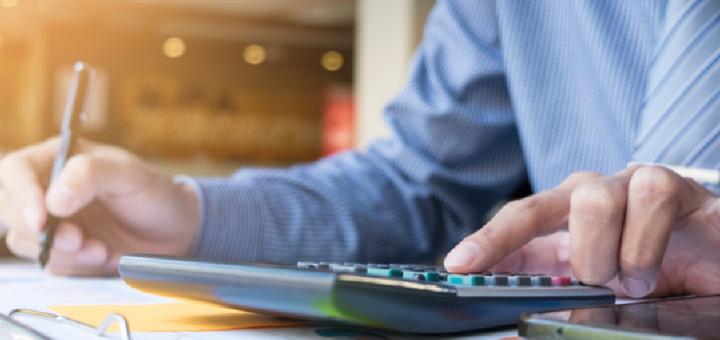 en que puede trabajar administrador empresas analista financiero